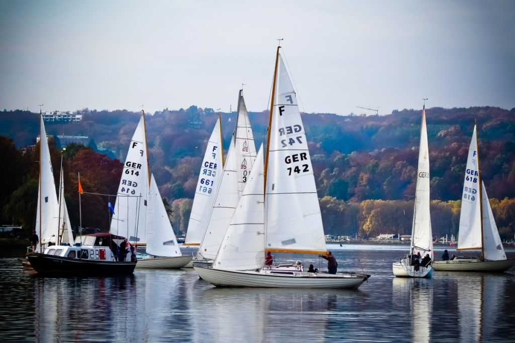 crew wanting to sail in autumn