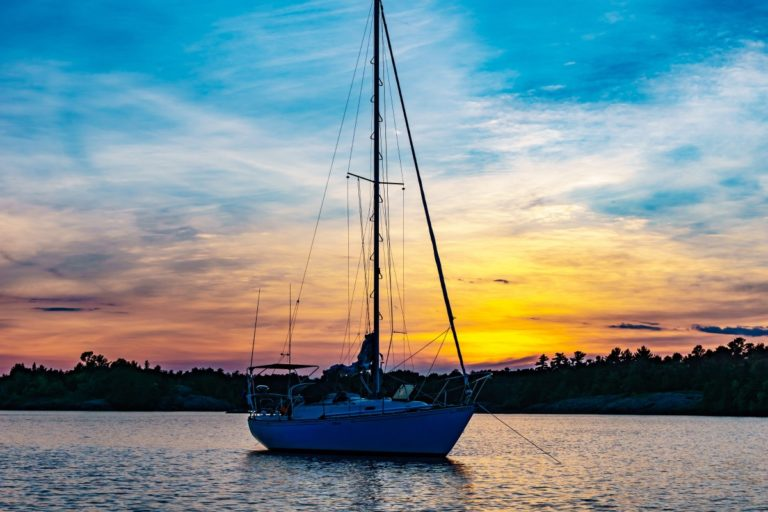 Skippers and crew: a time to improve your sailing skills?